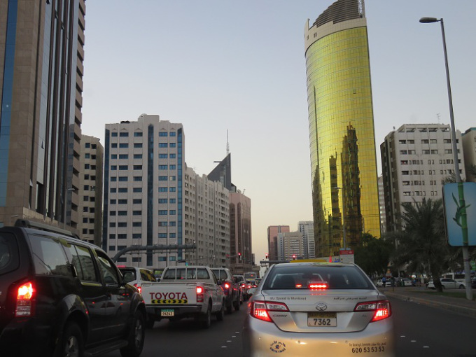 abu-dhabi-transito
