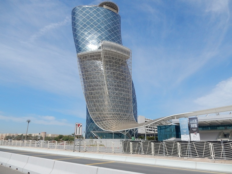 hotel hyatt capital gate abu dhabi